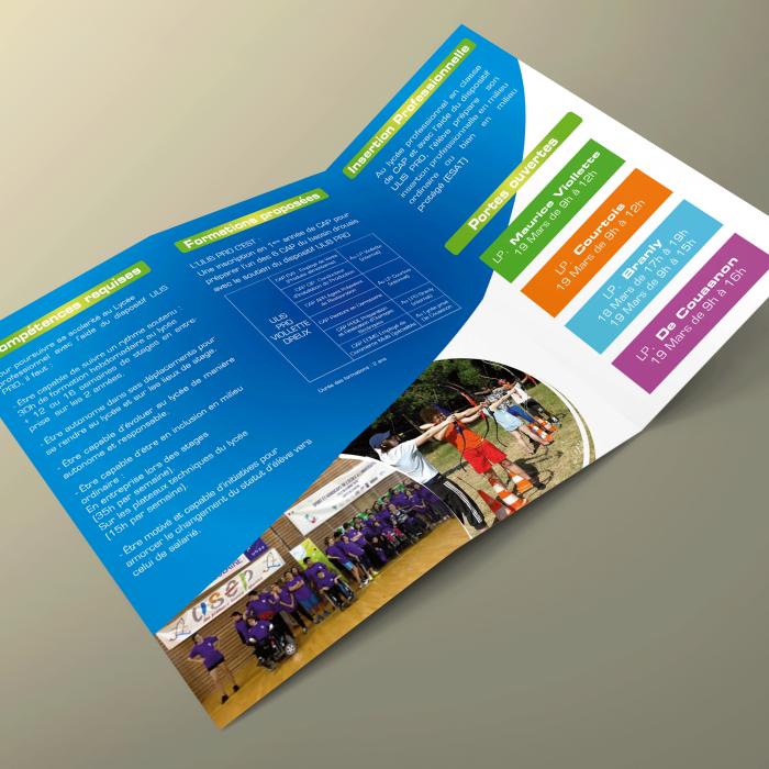 Plaquettes de présentation des formations pour le Lycée Maurice Viollette à Dreux.